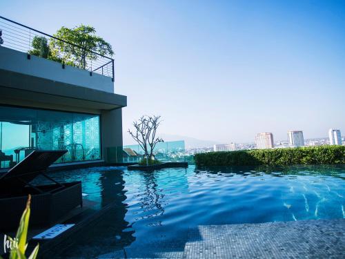 hiii-Homtel at Chang Khlan Road-Astra Condo with Rooftop Pool hiii-Homtel at Chang Khlan Road-Astra Condo with Rooftop Pool