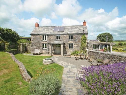 The Farmhouse, Lanteglos, Cornwall