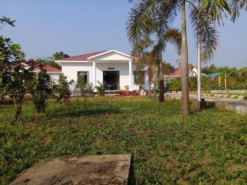 Royal Pine Hill Resort, Thayarwady