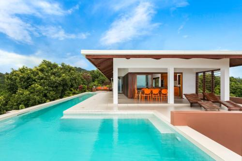 . Private Holiday House