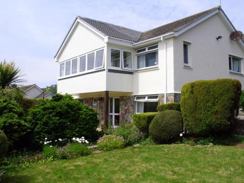 1 Gwelenys Road, Mousehole, Cornwall