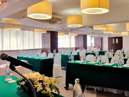 Marvel Hotel Bangkok photo 32