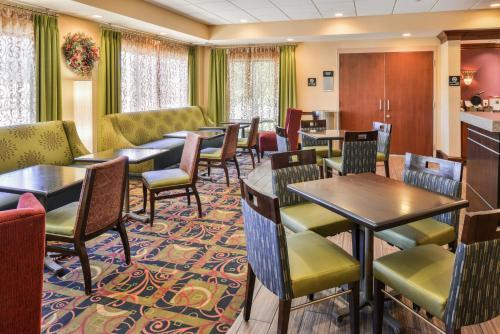 Hampton Inn Waynesboro/Stuarts Draft - Hotel - Fishersville
