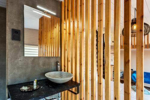 Suite Deluxe con bañera de hidromasaje Nidos de carnota 5