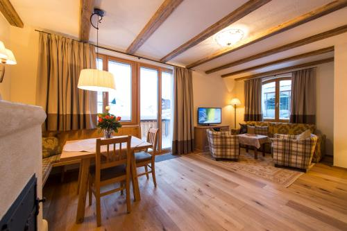 Chalet Anna Maria - Accommodation - Lech