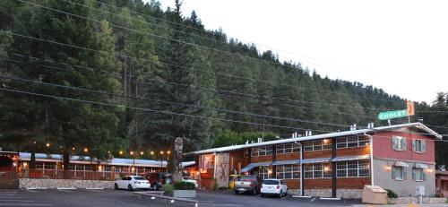 Sitzmark Chalet Inn - Hotel - Ruidoso