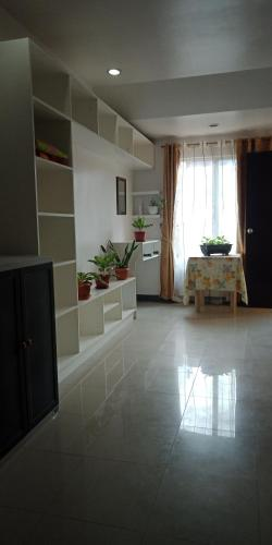 Urban Deca Homes Condo Fully Furnished Studio Planet Of Hotels