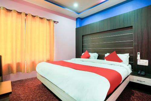 Oyo 405 Hotel Grand Pacific Pvt Ltd