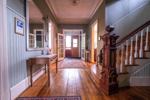 The Lark & Loon Inn - Annapolis Royal, NS B0S 1A0