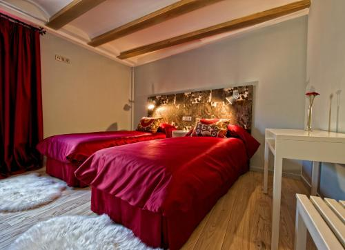 Double or Twin Room Hotel Albanuracín 30