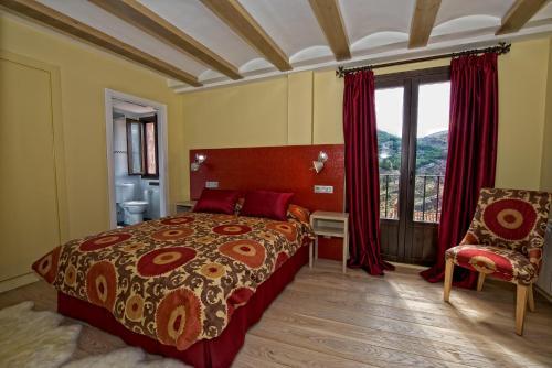 Double or Twin Room Hotel Albanuracín 23
