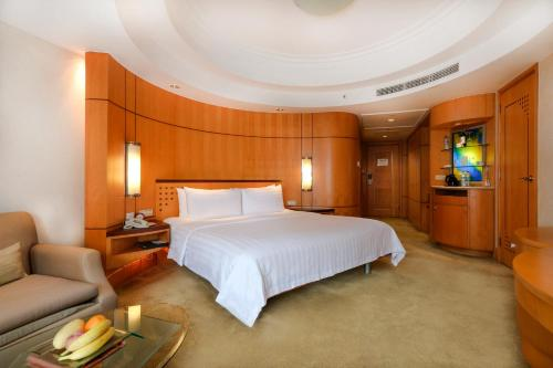 Horizon Club Deluxe King Room