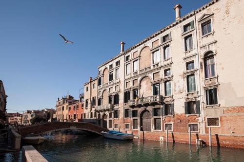 Appartamenti Palazzo Foscarini . - image 7