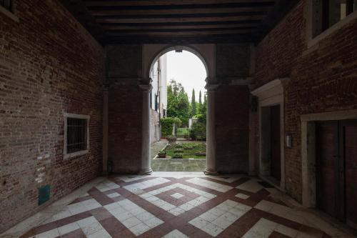 Appartamenti Palazzo Foscarini . - image 9