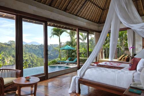Special Offer - Honeymoon Package at Deluxe Pool Villa