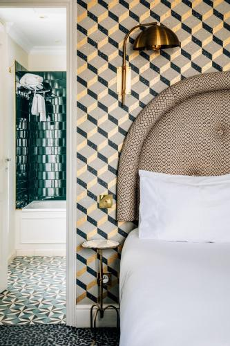 Grand Pigalle Hotel