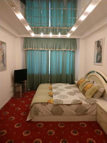 . Apartment on Universitetskaya Street 7A