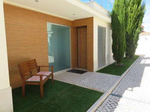 Alfarim House - close to Meco beach and Sesimbra, Pension in Sesimbra