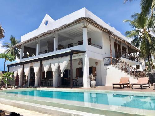 . Villa Huruma