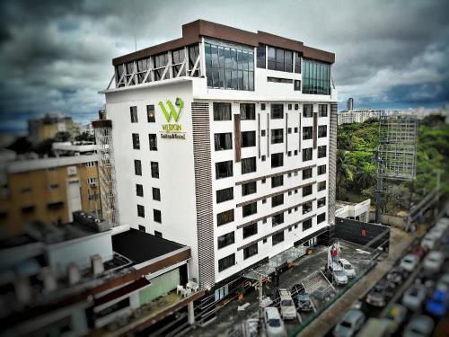 Foto - Weston Suites Hotel
