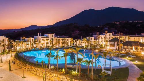. Estepona Holiday Hills