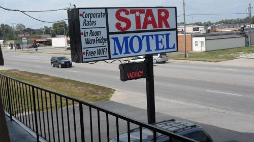 Star Motel - Macomb, IL IL 61455