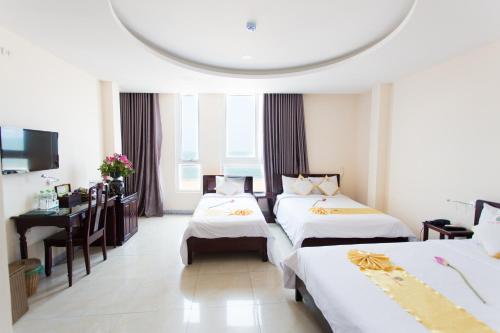Hoang Yen Hotel 3 - Photo 2 of 26