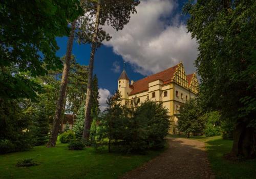 Kasteel-overnachting met je hond in Zamek w Czernej - Czerna