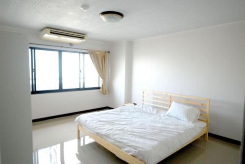 2 br 2 Bathroom spacious room near Grand Palace 2 br 2 Bathroom spacious room near Grand Palace