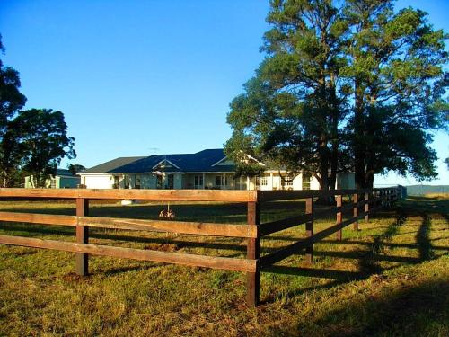 WRIGHTSTAR Country Estate - a farm at the base of the Blue Mountains
