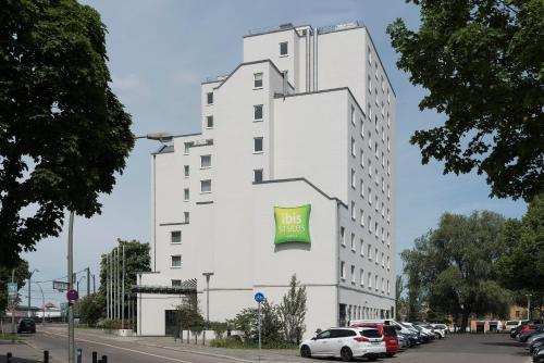 Nh Berlin Treptow Hotel In Berlin In Das Ortliche