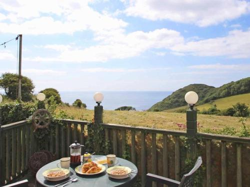 Crows Nest, St Keverne, Cornwall