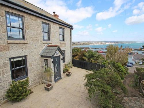 Rose Villa, Newlyn, Cornwall