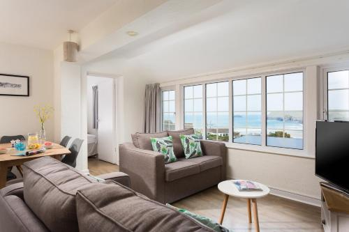 Oystercatcher Apartments, Polzeath, Cornwall