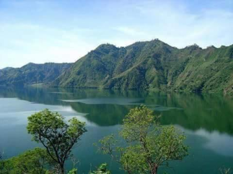 secretos del lago, San Rafaél Las Flores