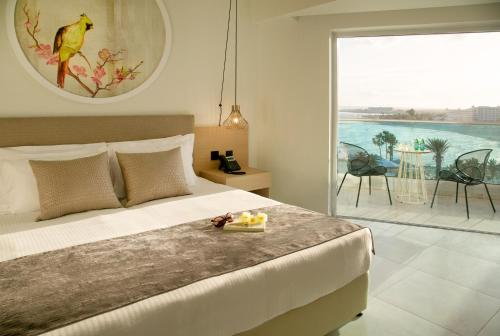 NissiBlu Beach Resort rum bilder