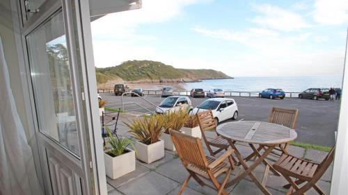 Redcliffe Apt, Caswell Bay