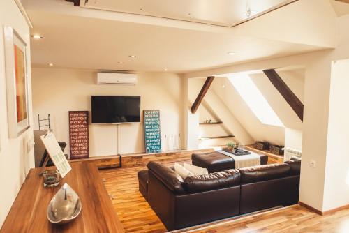 SKOL apartment