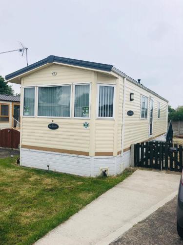Patrington Haven Leisure Park 6 Berth Caravan