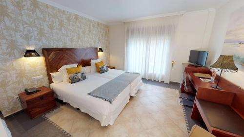 Habitación Doble Superior - 1 o 2 camas Hotel Boutique MR Palau Verd - Adults Only 6