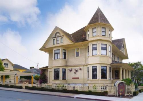 Pacific Grove Inn - Pacific Grove, CA CA 93950