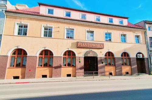 . Hotel Piastowska