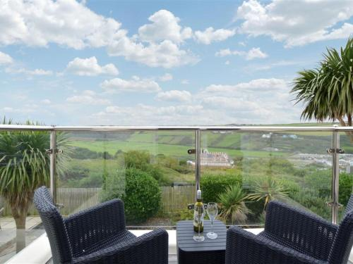 Holiday Home Tredragon, Mawgan Porth, Cornwall