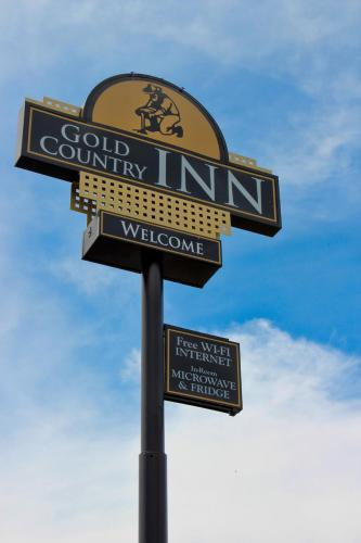 . Gold Country Inn