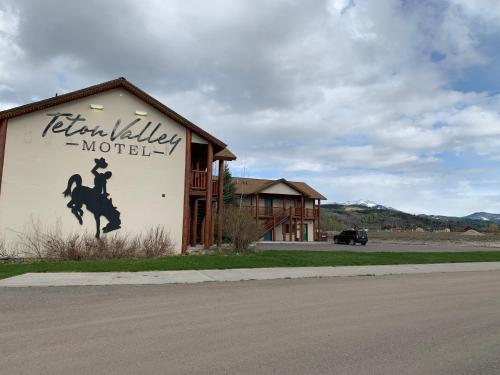 . Teton Valley Motel