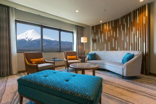 Royal Suite on Higher Floor with Mt. Fuji View - Non-Smoking