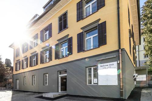 Simple Rooms - Yellow Inn, 9008 St. Gallen