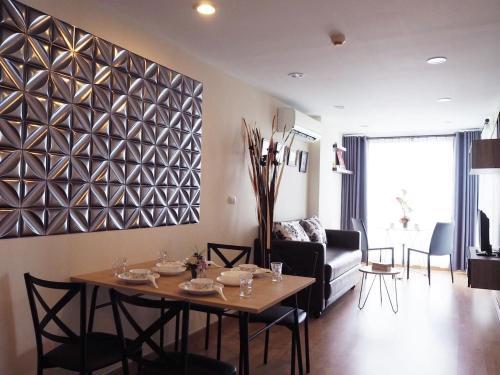 Cozy Residence (BTS Krungthonburi) Cozy Residence (BTS Krungthonburi)