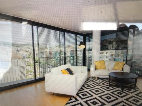 Grand Appartement 110M2 Dernier Etage Lumineux Barcelone
