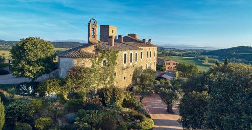 Castell d'Empordà, s/n, La Bisbal 17115, Spain.